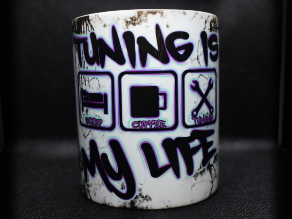 TUNING IS MY LIFE Lila-Mint v2 Tasse von vorne.
